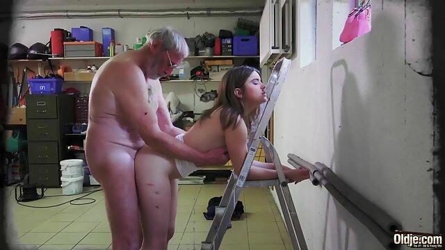 Un hombre adulto respetable asa tres chicas xporno español