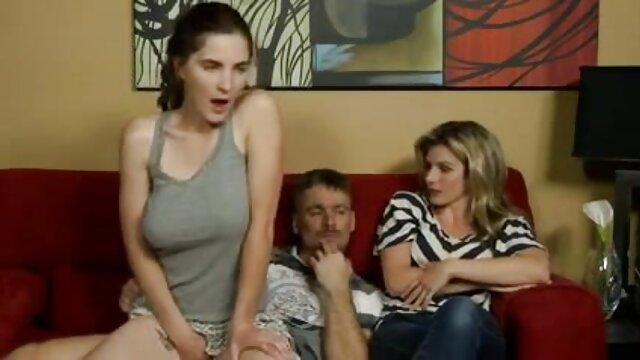 Natasha porno en español por dinero Anastasia