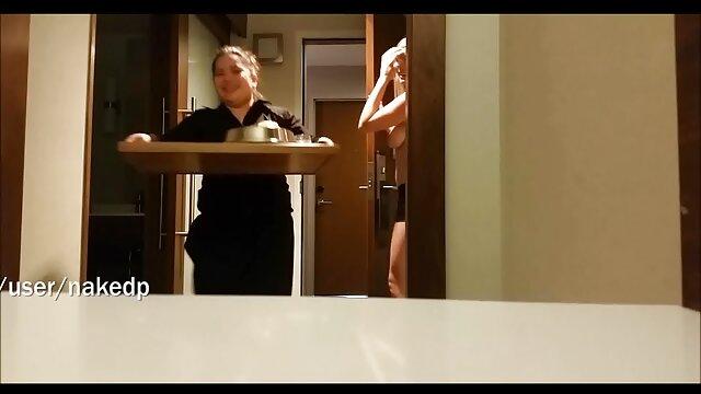 Semental lujurioso se folla apasionadamente a su videos pornoespañol novia