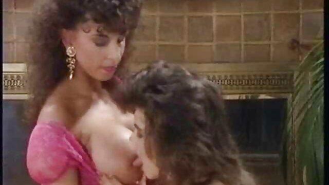 Novio fríe el peliculas porno con historia en español culo apretado a una chica